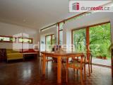 Prodej luxusní novostavby dvougeneračního domu, zahrada 1704 m2