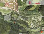 Prodej stavebního pozemku, který leží v chráněném kraj. území Šárka, Praha 6 - Dejvice