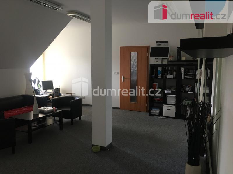 Pronájem komerčního objektu, Kanceláře, 35 m2