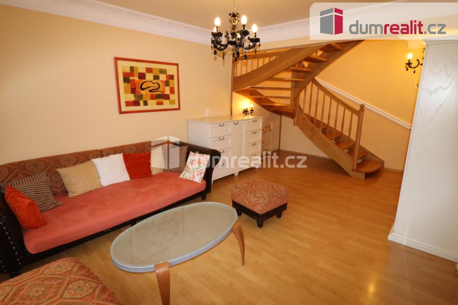 Pronájem bytu, 3+1, 108 m2